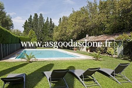 bains-de-soleil-piscine-saint-remy-de-provence-agad