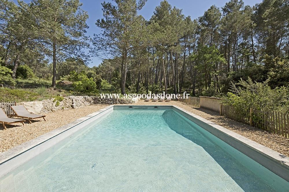 Bastide provencale saint remy de provence as good as done for Provence piscine