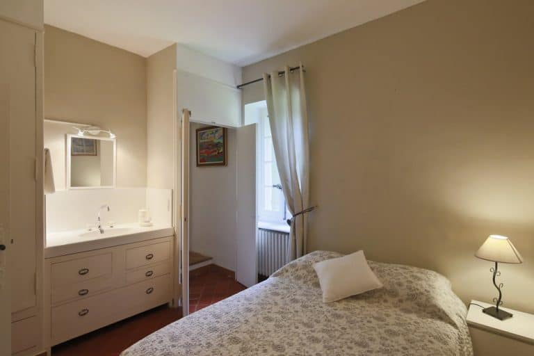 chambre avec espace eau integre saint remy de provence