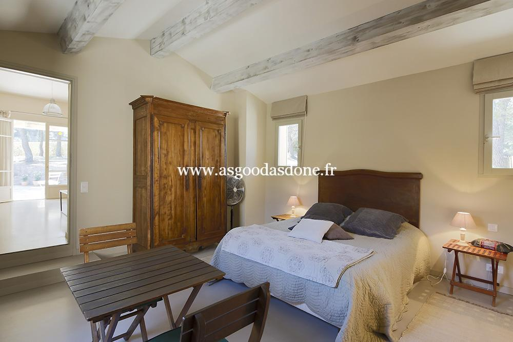 Emejing chambre avec lit king size images for Chambre a coucher style provencal