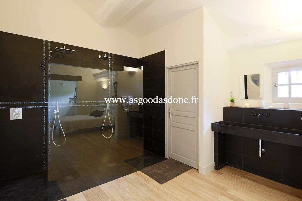 Double douche a l italienne propriete saint remy de for Douche double italienne