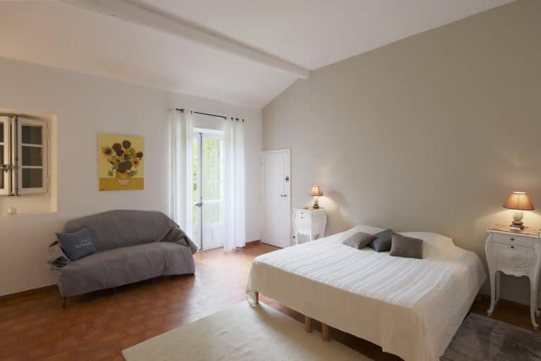 grande chambre propriete saint remy de provence