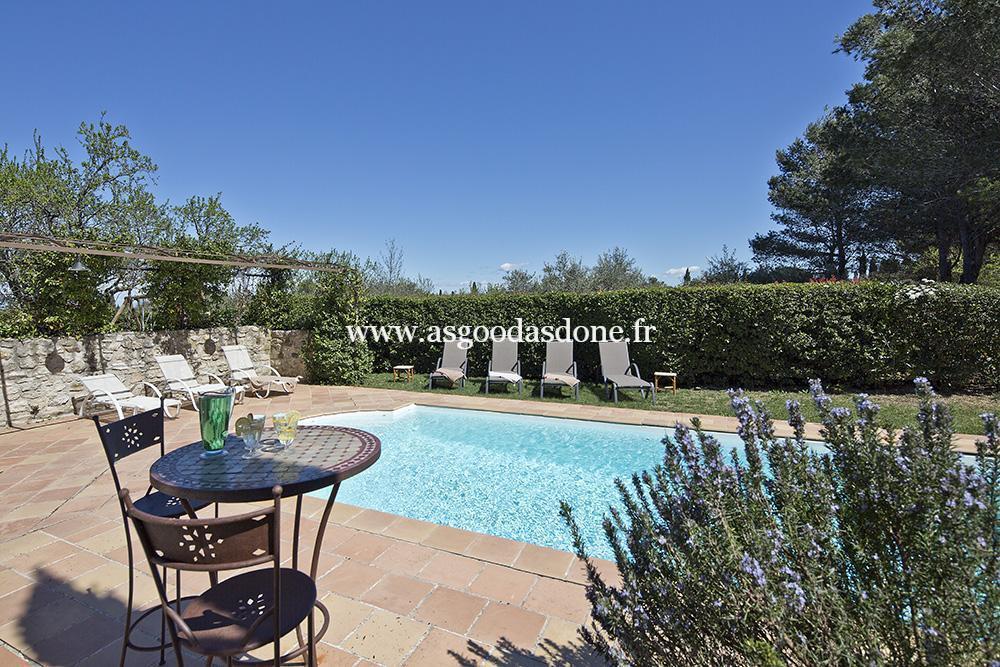 Mazet avec piscine saint remy de provence for Camping saint remy de provence avec piscine