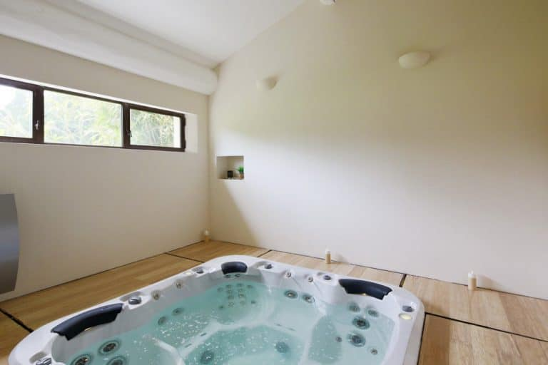 location propriete avec jacuzzi saint remy de provence