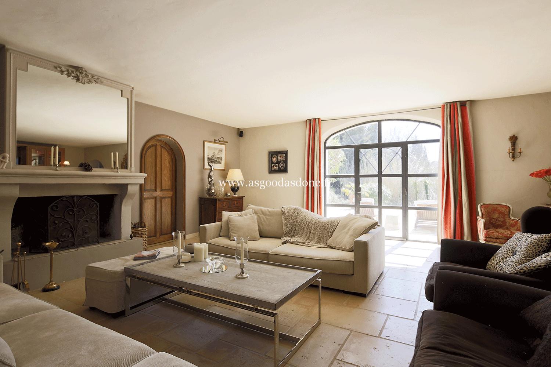 Location maison bouches du rhone de luxe avec piscine for Bouche rhone