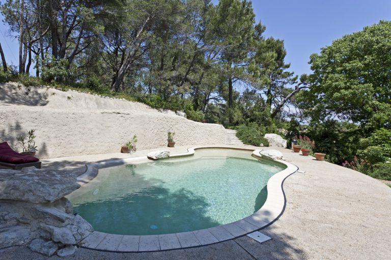 10 saint remy location alpilles avec piscine9