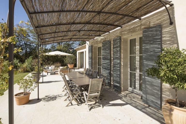 Mas-Saint-Remy-de-Provence-pergola-piscine-photoagad13