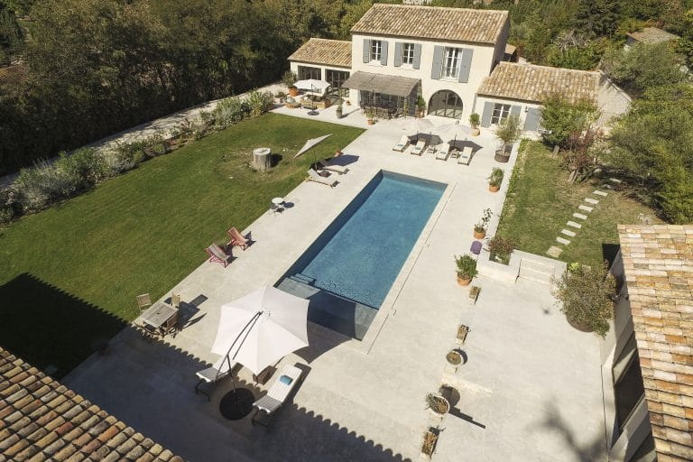 Mas-Saint-Remy-de-Provence-pergola-piscine-photoagad18