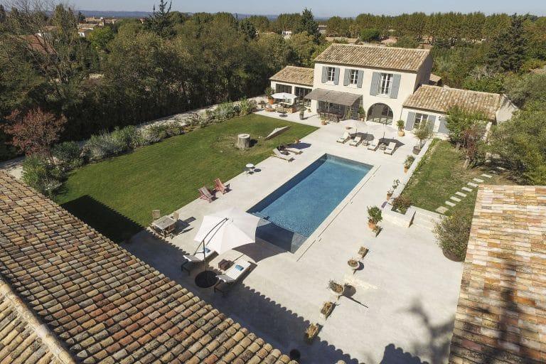 Mas-Saint-Remy-de-Provence-pergola-piscine-photoagad29